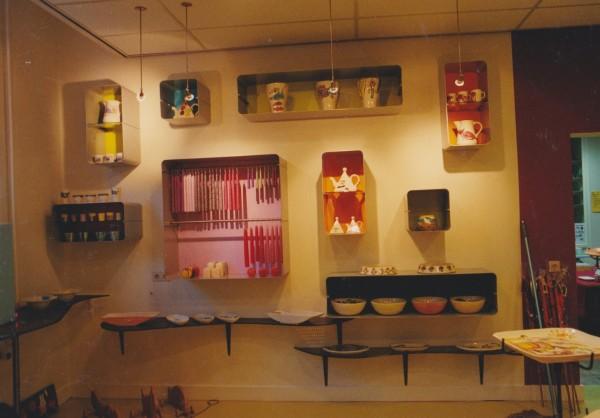 Kaarsen en keramiek ingekaderd